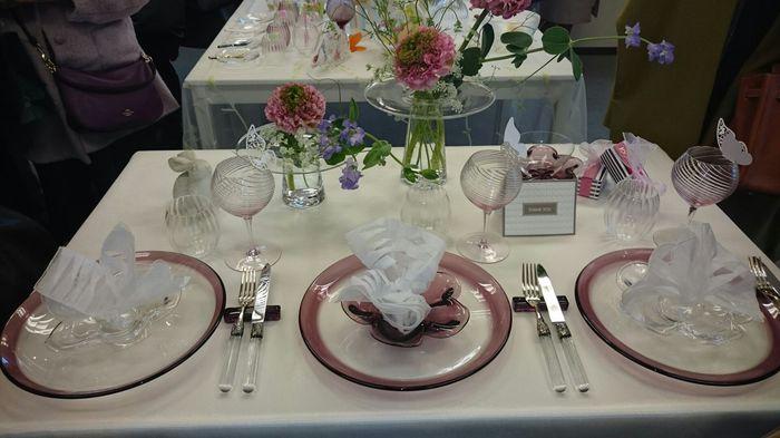 お花とガラス食器